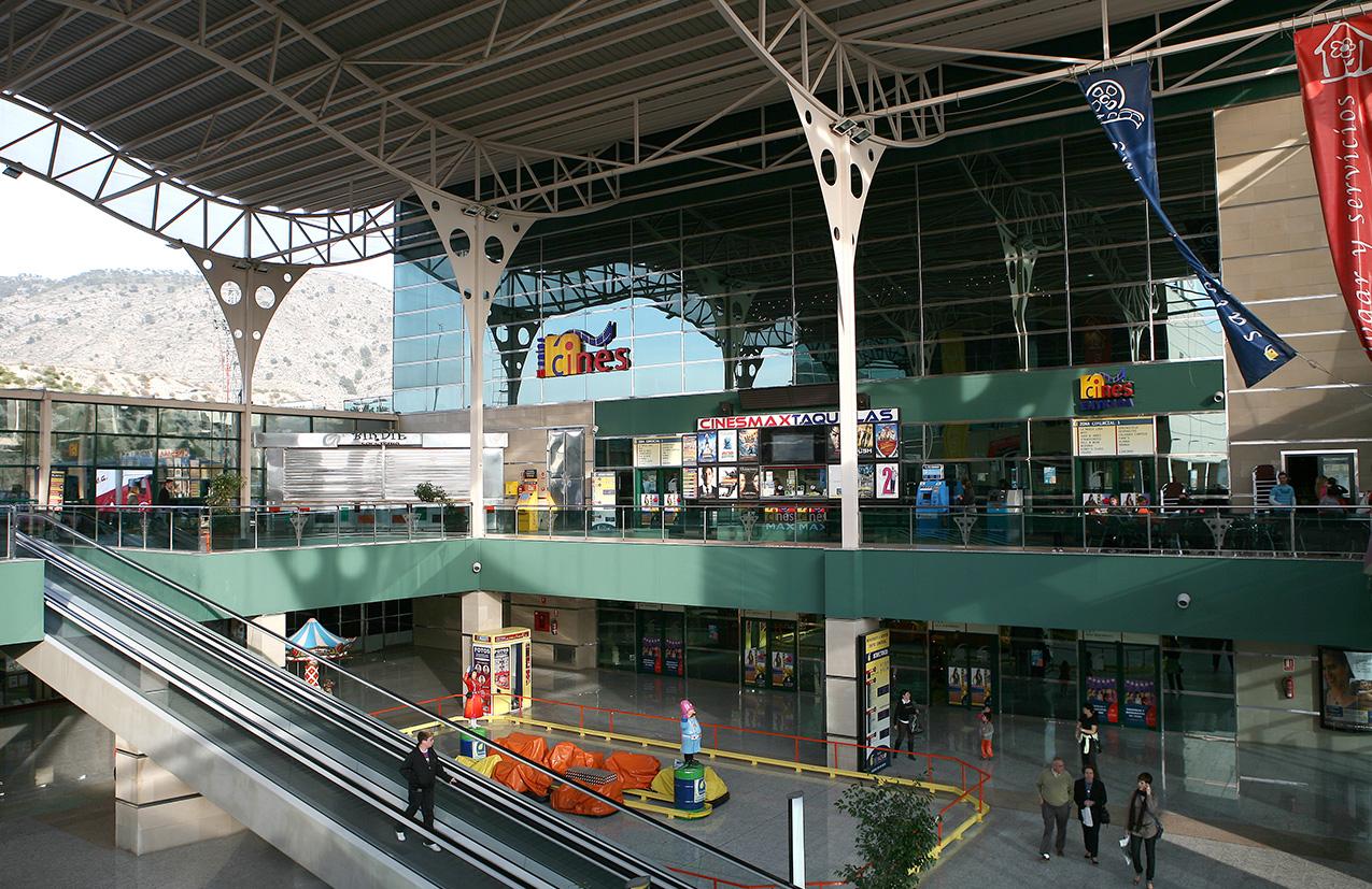 centro-comercial-bassa-moro (5)
